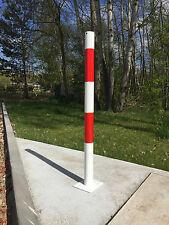 Absperrpfosten rot/weiß mit Fußplatte zum Aufdübeln