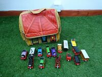 Thomas The Tank Engine Die Cast Bundle 9 Trains 6 Carriage Fold Out Carry Bag