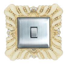Lussuosa Crema acrilico e Oro Decorazione Cristallo intarsio Interruttore Della Luce Surround