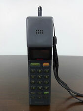 Sony MarsBar Vintage Mobile phone model CM-H333 black 1992 WORKING WITH CHARGER