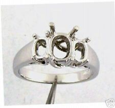 THREE STONE RING MOUNTING FOR OVAL STONE 14K WHITE GOLD