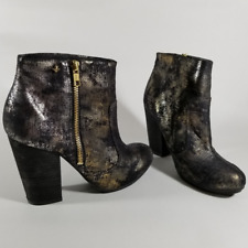 "Cravo & Canela Black & Metallic Gold Splatter Ankle Boots | Size 39 | 4"" Heels"