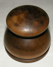 ANTIQUE TACTILE CARVED TURNED INKWELL INK WELL GORGEOUS GLASS LINER TREEN