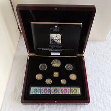 Prueba de conjunto de 7 monedas de 1977 QEII en capas en 24ct oro y acentuado en rodio platino