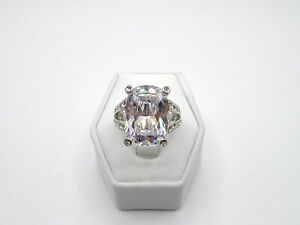 WOMEN'S LARGE CZ AND CRYSTAL MONET SILVERTONE COCKTAIL RING SZ 7.25 7-1/4