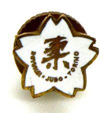 Distintivo A Rondella Con Smalti Palestra Doyukai -Judo Torino cm 1,3 x 1,3