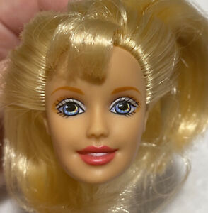 BARBIE DOLL HEAD ONLY FOR REPLACEMENT OR OOAK BLONDE PINK LIPS BANGS