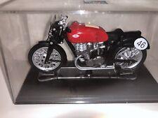GULERA 500 1950 World Champion U.Masetti Model Motorcycle By Italeri