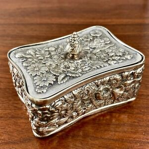 TIFFANY MAKERS SILVER SOLDERED DRESSER / STAMP BOX REPOUSSE FLORALS NO MONOGRAM