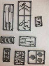1/28 mm Hard Plastic Sprues weapons, arms and heads