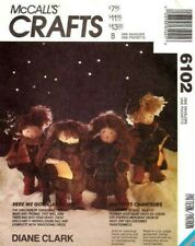 McCall's 6102 Here We Go A Caroling Pattern