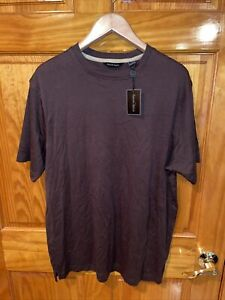 NWT Kenneth Roberts Mens Tee T-Shirt Size Medium Brown