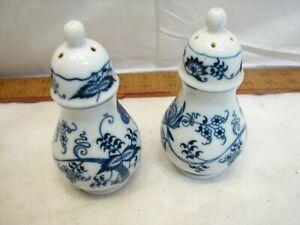 Blue Danube Salt and Pepper Shaker Set Dinnerware Blue Onion