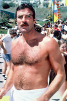 Tom Selleck 11x17 Mini Poster barechested with wet hair