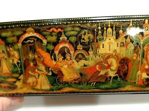 RUSSIAN PALEKH LACQUER JEWELRY OR PEN  BOX HAND PAINTED GOLDEN COCKREL 7''X1''