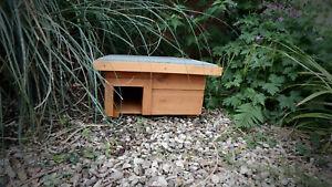 Hedgehog Feeder/House Nest Box