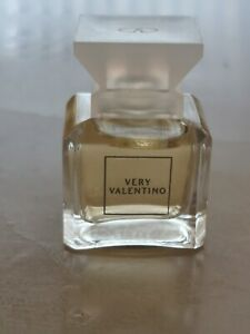 Very Valentino Miniature Perfume 4.5ml New Unboxed