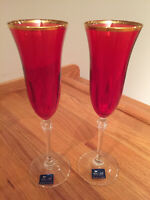 Le Stelle Ruby Red Crystal Champagne Toasting Flutes Pair (2) Made in Italy MINT