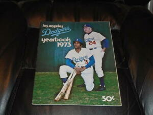 1973 LOS ANGELES DODGERS BASEBALL YEARBOOK EX-MINT
