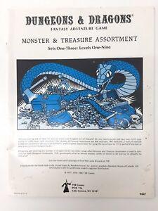 TSR ADVANCED DUNGEONS & DRAGONS MONSTER & TREASURE ASSORTMENT PLAY AID 9047 1980