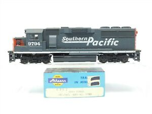 HO Scale Athearn 4757 SP Southern Pacific GP60 Diesel Locomotive #9794