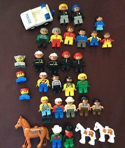 27 Lego Duplo Figuren Bob Baumeister usw 3 Pferde 1 Auto, wie neu- gereinigt