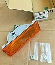 Mitsubishi RH Indicator Lamp - MB912716 **Genuine New Mitsubishi Part**