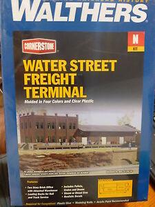 "Walthers N #933-3201 Water Street Freight Terminal -- Kit - 11 x 3-1/2"" 27.5 x 8"