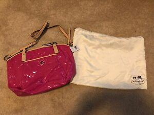 Coach F25188 SVBTO Handbag new with tag