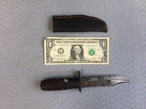 VINTAGE CAMILLUS NY NAVY PILOTS COMBAT SURVIVAL KNIFE (NO POMMEL)