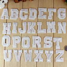26 Buchstaben Stickerei Bügeleisen auf Patch genäht Applique Rucksack Motiv UE