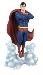 DIAMOND SELECT TOYS DC Gallery: Superman Statue Ascendant PVC Figure BRAND NEW*