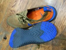 BRAND NEW NIKE RUNNING SHOES - FLYNIT MATERIAL - EXCELLENT SHOE - US 8 EUR 41