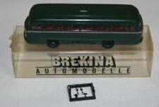 Modellini statici di auto , furgoni e camion autobus verdi mercedes