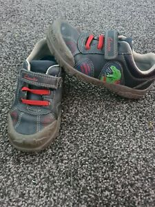 Clarks Boys /childrens / Toddlers Stomposaurus Shoes Size 11.5 G