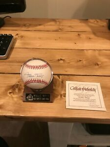 AUTHENTIC WILLIE MAYS AUTOGRAPHED BASEBALL WITH COA