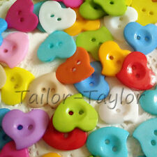 100pcs 2-hole Plastic Buttons Sewing Craft Scrapbook Heart Shape DIY 20*22mm