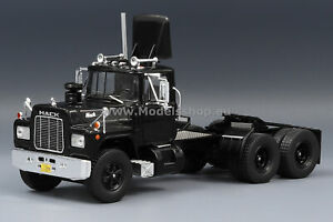 Mack R-Series tractor truck, 1966 /black/