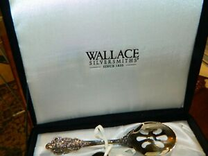 4 PIECE WALLACE ANTIQUE BAROQUE SILVERPLATE SERVING SET  IN BOX