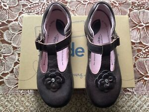 New Stride Rite TENLEY girls brown Mary Jane T strap dress shoe sz 11.5 toddler