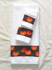 Bath Hand Towel Wash Cloth Holiday Halloween Pumpkin Spider Web Black 3 Pc Set