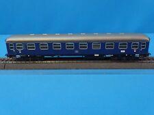 Marklin 4032 DB D-Zug Wagen 1 kl. Blue with closing lights
