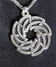 BIJOU CELTE - CELTIC JEWEL - pendentif motif celtique avec chaine