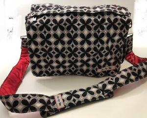 JUJUBE Better Be Messenger Diaper Bag Crimson Kaleidoscope Black/White/Red
