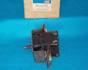 1975 1976 Cadillac V8 8.2L Engine Mount Right TRW 83122 EM2470 394941 1603924