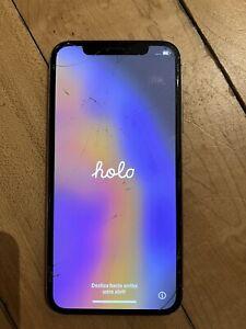 Apple iPhone XS - 64GB - White - Unlocked - Cracked Glass