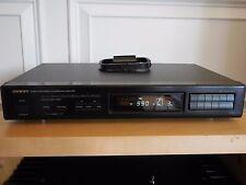 Onkyo T-404 Quartz Synthesized FM Stereo / AM Tuner R1