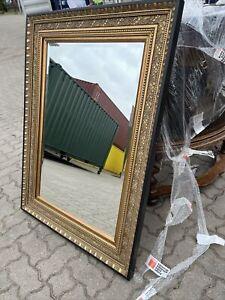 Prunkvoller Spiegel