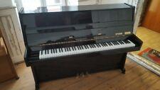 Klavier Etude - schwarz hochglanz - Höhe 110,5 cm