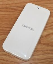 Genuine Samsung (EP-BG900CWU) 4.4V 450mA White Cell Phone Battery Charger Only